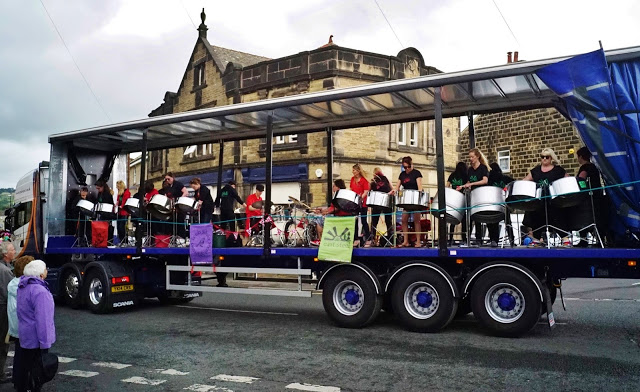 Foxwood and East Steel at Otley Carnival